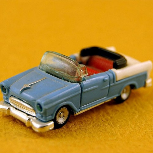 toy-387272_1280